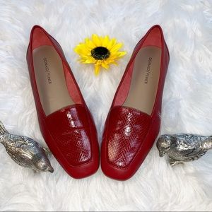 Red Donald/ Pliner DeeDee Flats Snake Skin Accent
